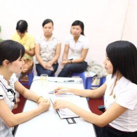 nhan-vien-thoi-vu-la-gi-kien-nghiep-group